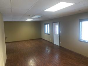 Commercial for Sale at 1907 Aurora Avenue W