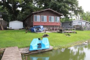 10245 237th Avenue, Spirit Lake, IA 51360