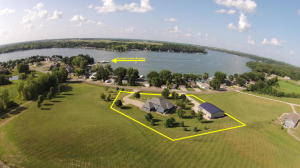 25231 182nd Street, Spirit Lake, IA 51360