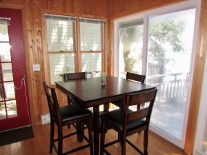 Residential for Sale at 1280 Village Oaks Drive 14