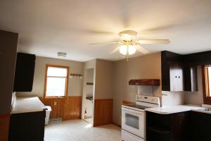 Residential for Sale at 705 Columbian Boulevard