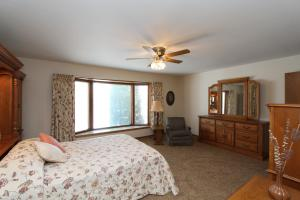 Residential for Sale at 15524 Harbor Drive