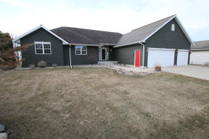 941 29th Street, Spirit Lake, IA 51360