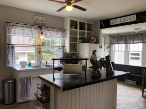 Residential for Sale at 302 Grace E