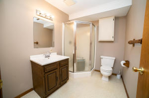 Residential for Sale at 3008 Lakeview Street