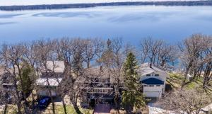 Homes For Sale at 3009 Lakeshore Drive