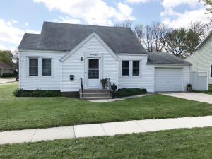503 N 9th Street, Estherville, IA 51334