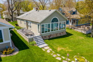 15514 Landings Avenue, Spirit Lake, IA 51360