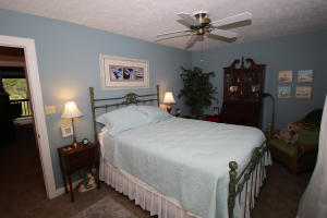 2300 Country Club Drive Unit 7