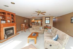 Residential for Sale at 15516 Tradewind Drive N #4