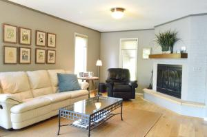 Residential for Sale at 16914 Inner Lane S C1