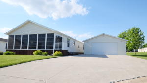614 Canvasback Court, Arnolds Park, IA 51331