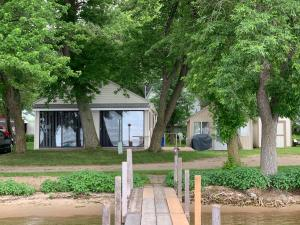 20932 Bluewater Drive, Spirit Lake, IA 51360