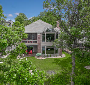 3609 Fairfield Street, Okoboji, IA 51355