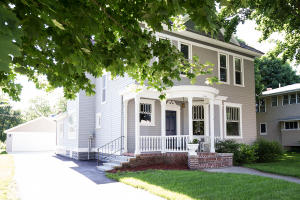 Homes For Sale at 602 N 7th St