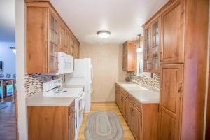 Residential for Sale at 2503 Keokuk Avenue
