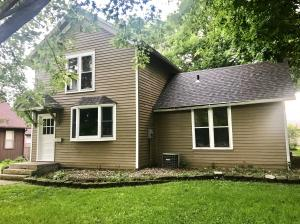 515 N 12th Street, Estherville, IA 51334