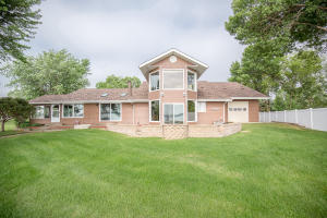 184 Country Club Drive, Lake Park, IA 51347