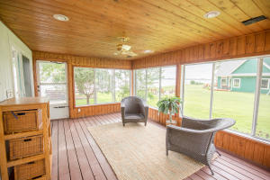 Residential for Sale at 184 Country Club Drive