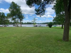 000 237th Avenue, Spirit Lake, IA 51360