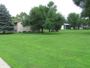 00 24 Street, Lots 1,2,3, Spirit Lake, IA 51360
