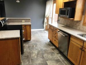Residential for Sale at 1709 Hillcrest Drive