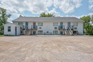 115 N 20th Street, Estherville, IA 51334