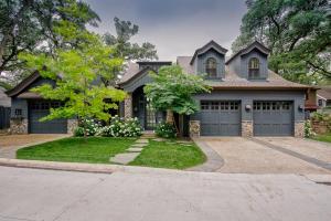 2703 Lake Shore Drive, Okoboji, IA 51355