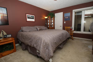 Residential for Sale at 2100 Country Club Drive 10