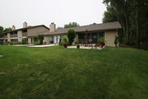 2100 Country Club Drive, 10, Okoboji, IA 51355