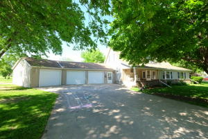 303 W 2nd Street, Everly, IA 51338
