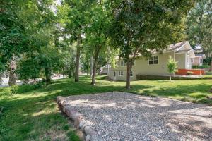Homes For Sale at 52 Katrina Street