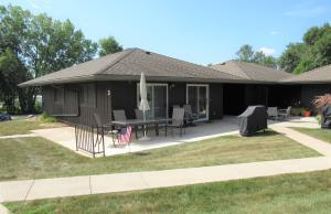 1650 Country Club Dr. #3, Okoboji, IA 51355