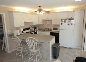 Homes For Sale at 1650 Country Club Dr. #3