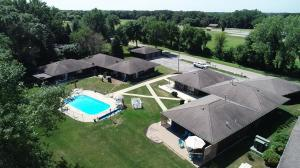 1650 Country Club Dr. #3