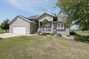 2111 212th St Loop, Milford, IA 51351