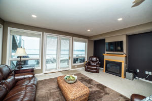 Homes For Sale at 1216 Gordon Drive #3N