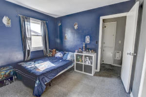Residential for Sale at 709 6th Avenue W N