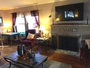 Residential for Sale at 314 Phillips Street N