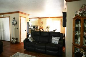 3209 Center Lake Drive