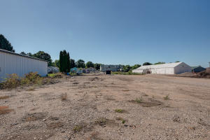 Homes For Sale at 1514 Okoboji Avenue