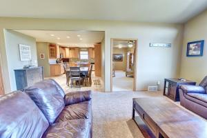 Residential for Sale at 1113 Oak Hill Road