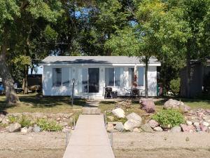 24731 McClelland Lane, Spirit Lake, IA 51360