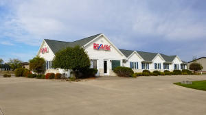 Commercial for Sale at 3121 Hwy 71 S