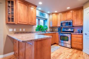 Residential for Sale at 102 30th Street