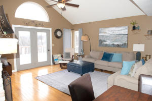 Residential for Sale at 5 Friar Tuck Circle