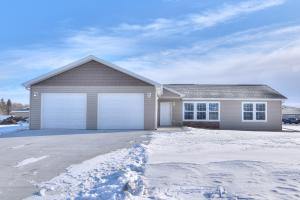320 N 20th Street, Estherville, IA 51334