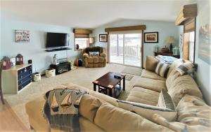 Residential for Sale at 1010 Sunshine Run