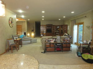 Residential for Sale at 407 Royale Oaks Drive