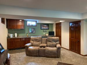 Residential for Sale at 914 Wooster Street N